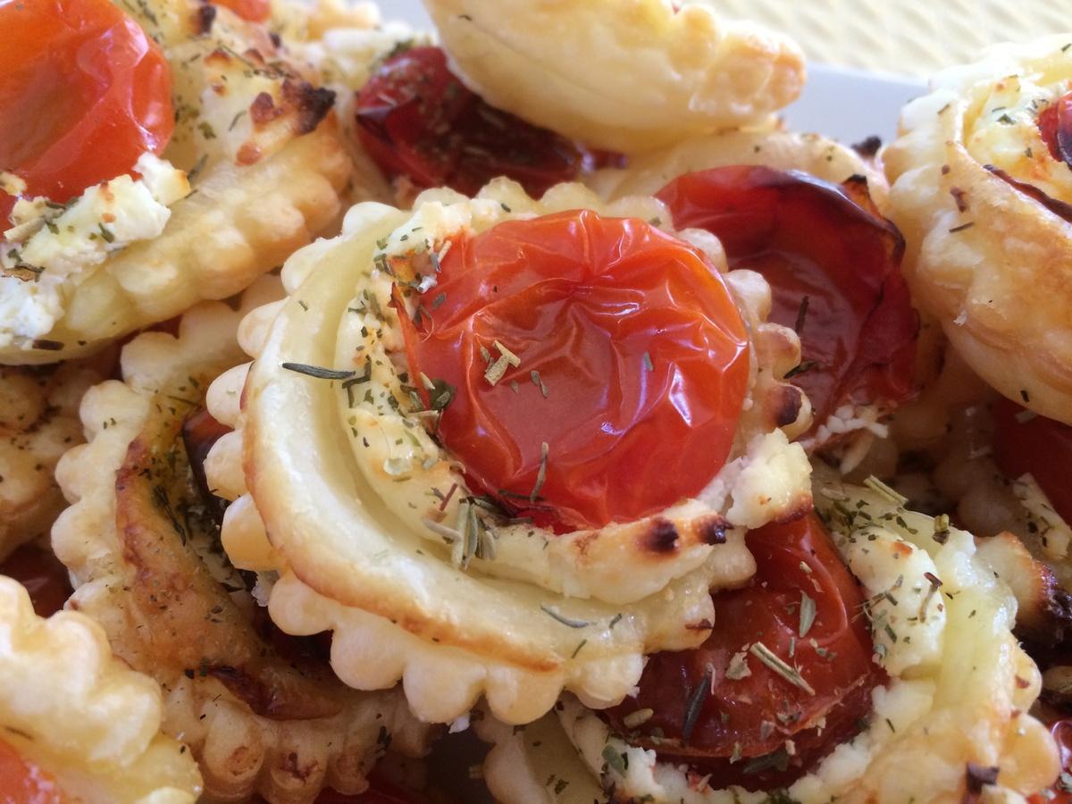 tartelette-chevre-tomate