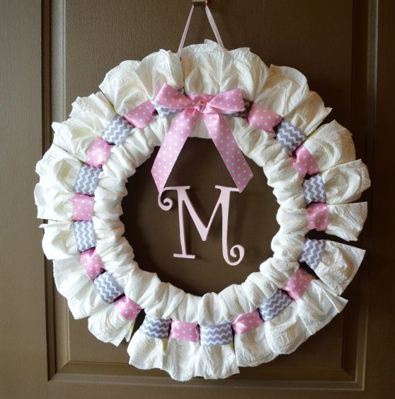 diaper-wreath-couronne-de-couche