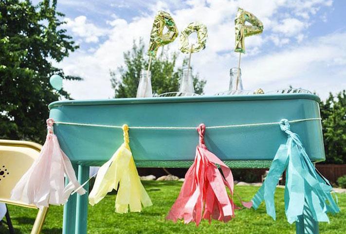 Baby shower fanion de couleurs